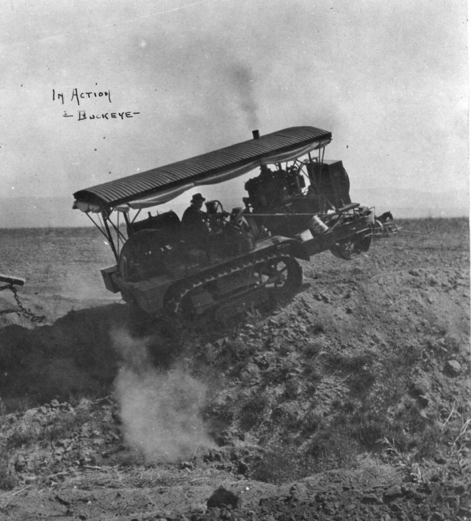 G-304-Tractor-in-Action