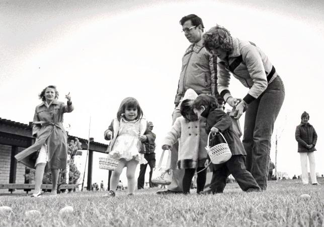 1982 Easter Egg Hunt