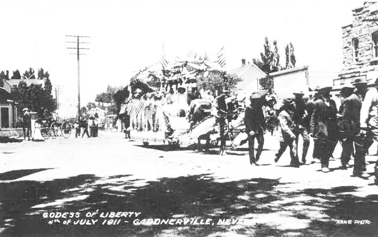 1911 'Godess' of Liberty Float